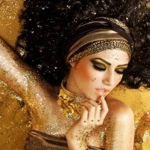 Spécial Réveillon: Un maquillage glitter