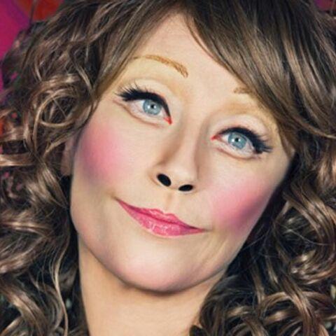 Cindy Sherman se travestit pour M.A.C. Cosmetics