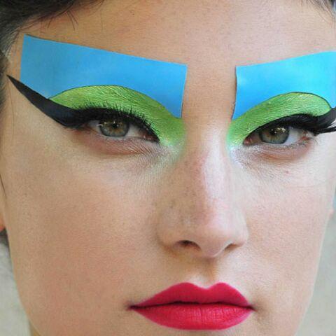Tendance beauté des défilés – Graphique ou glitter chez Dior