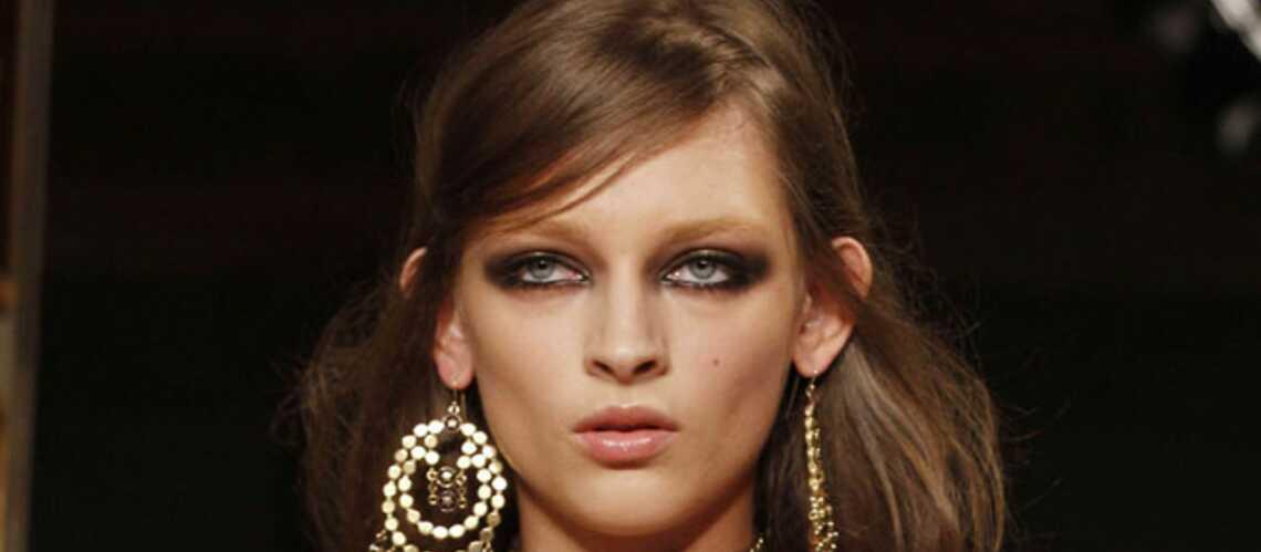 Tendance beauté des défilés –Regard charbonneux chez Pucci