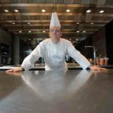 Vincent Thierry: 3 étoiles au Michelin pour le chef de Hong Kong!