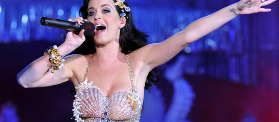 Katy Perry donne le coup d'envoi de sa tournée mondiale