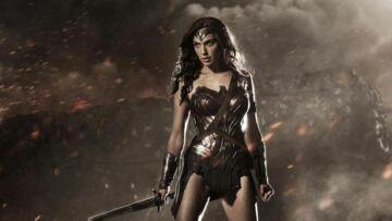 Vidéo- Batman vs Superman: sculpturale Wonder Woman