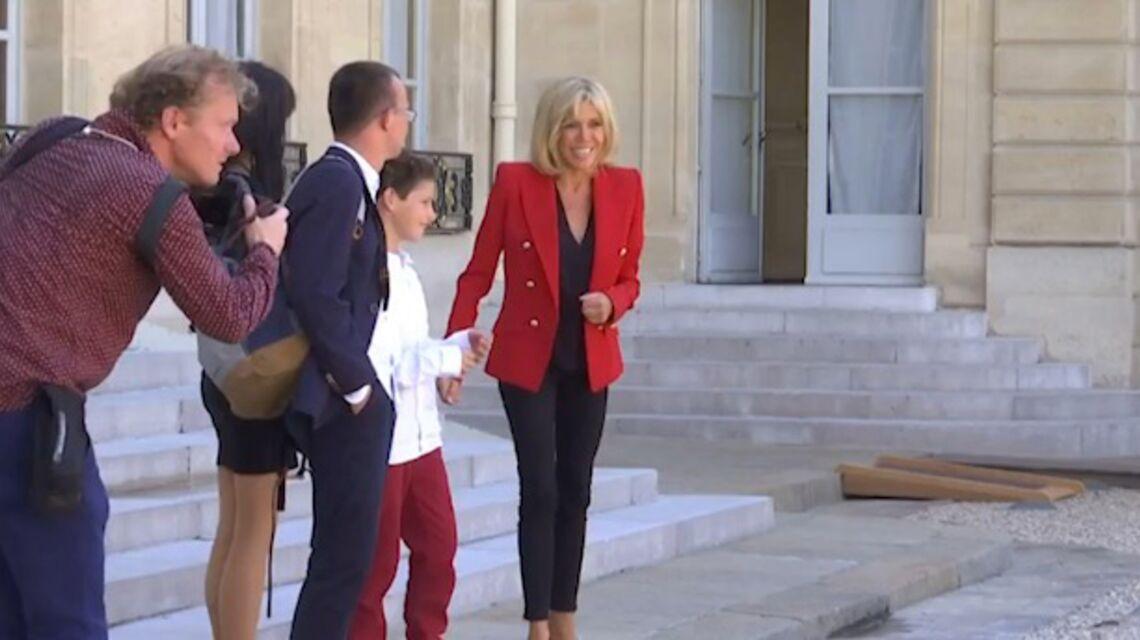 VIDEO – Brigitte Macron invite de jeunes autistes à l'Elysée: la Première Dame trouve sa voie à l'Elysée