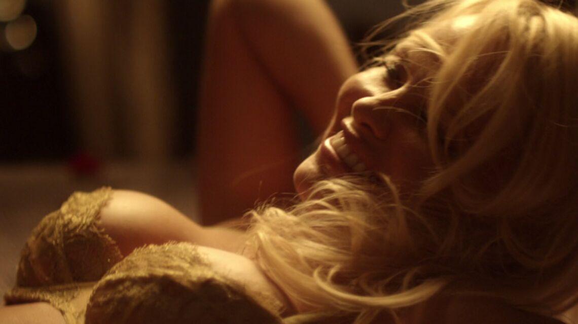 VIDEO – Pamela Anderson s'offre un sex-toy pour la Saint-Valentin
