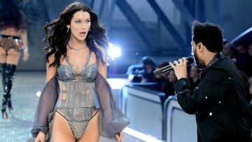 VIDEO – Petit moment gênant entre Bella Hadid et The Weeknd : Les exs se croisent au défilé Victoria's Secret