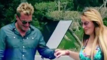 VIDEO – Quand Loana rejoue la scène de la piscine de Loft Story avec Benjamin Castaldi