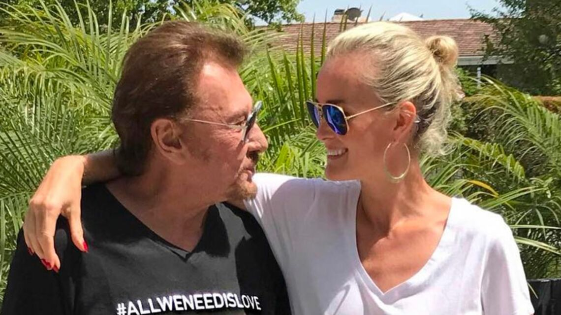 VIDEO –Comment Laeticia Hallyday tente de rassurer les fans de Johnny