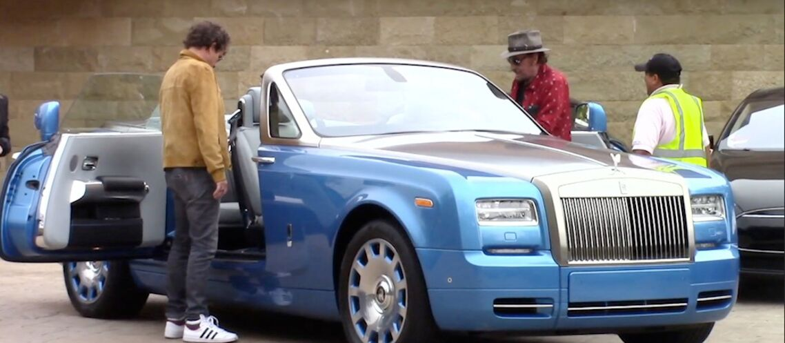 video johnny hallyday une bentley pour continuer profiter de la vie gala. Black Bedroom Furniture Sets. Home Design Ideas