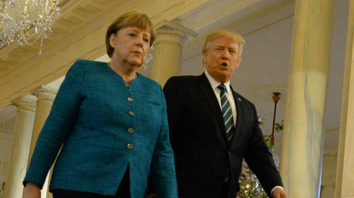 VIDEO – Donald Trump pris en flagrant délit de goujaterie, cette fois avec Angela Merkel