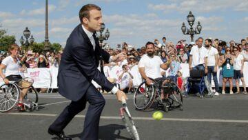VIDEO – Emmanuel Macron comparé à Roger Federer: son prof de tennis en fait un peu trop