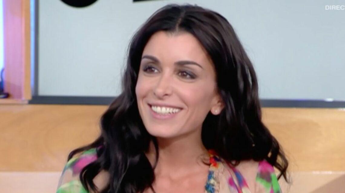 """VIDEO – Excédée, Jenifer dénonce la violence de """"ces rats"""" de paparazzis"""