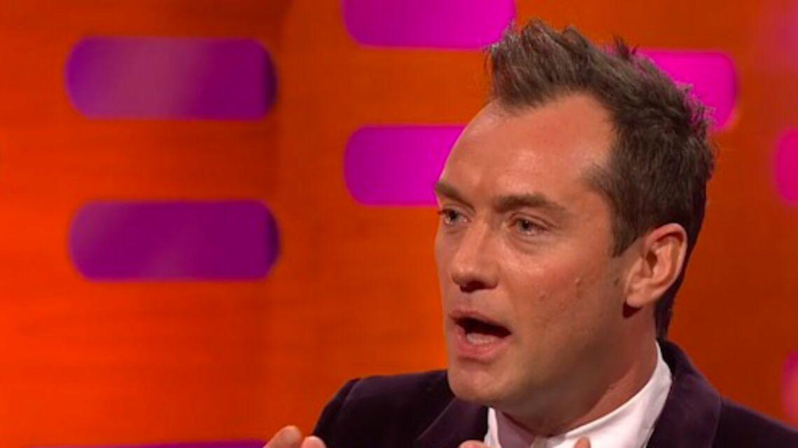 VIDEO GALA – Jude Law fête ses 44 ans: est-il passé sur la table d'opération?