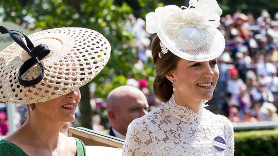 VIDEO- Kate Middleton échappe à un drame à l'hippodrome d'Ascot