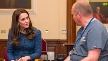 VIDEO- Kate Middleton rencontre les blessés de l'attentat de Londres