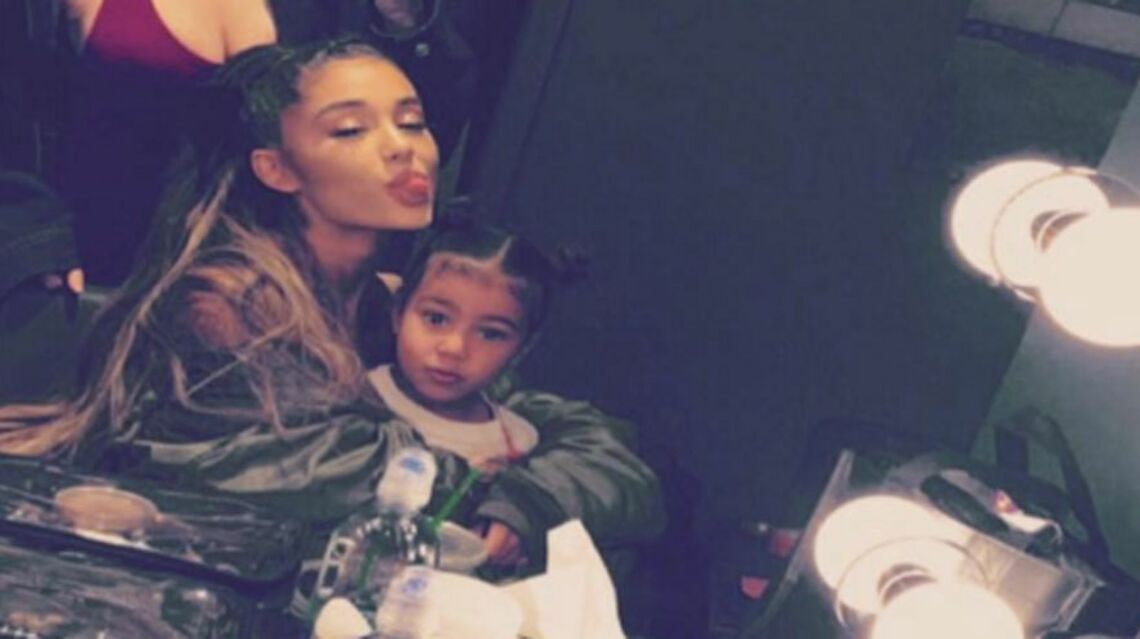 GALA VIDEO – Kim Kardashian emmène sa fille North West au concert d'Ariana Grande