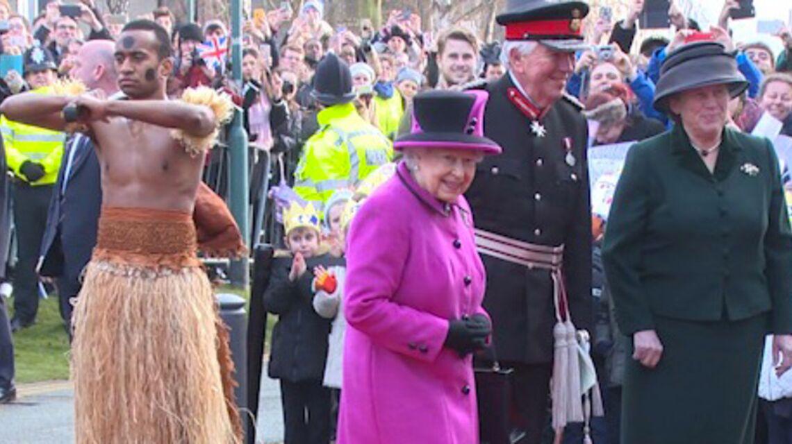 VIDEO- Elizabeth II: de retour et en pleine forme