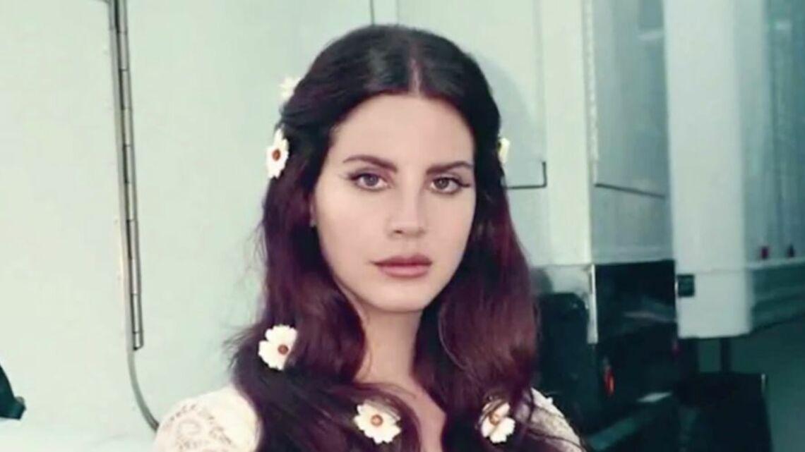 VIDEO – Lana Del Rey, en colère contre certains de ses fans