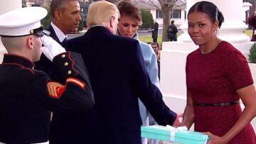 VIDEO – Michelle Obama, embarrassée par l'imposant cadeau de Melania Trump
