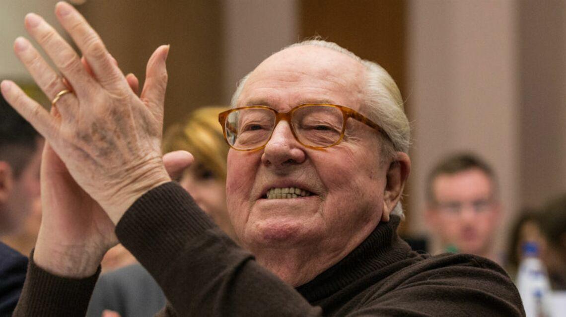 VIDEO – Le discours d'un Jean-Marie Le Pen très diminué vire à la catastrophe