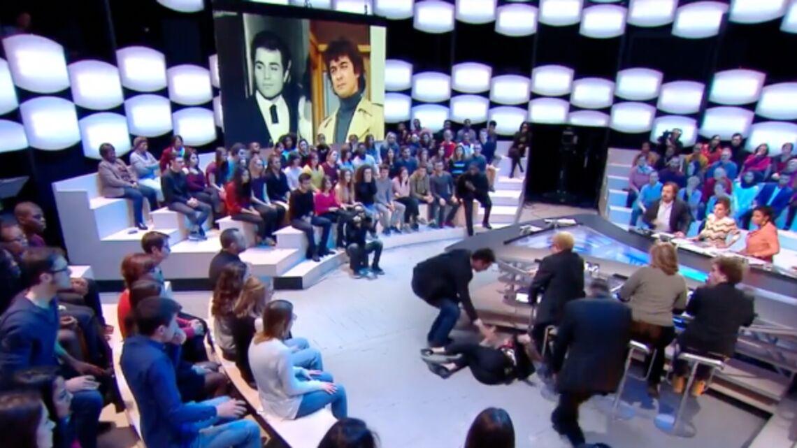 VIDEO – L'impressionnant malaise de Sveva Alviti, l'actrice du film Dalida, en direct dans le Grand Journal