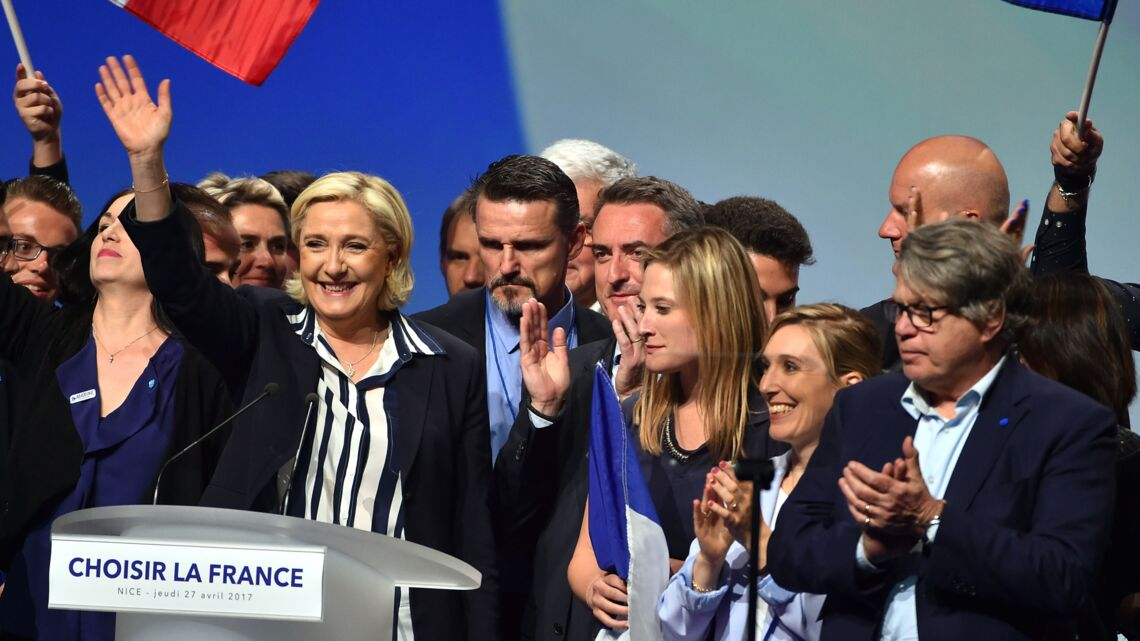 VIDEO – «Macron, Macron, on t'enc***!»: le gros dérapage en plein meeting de Marine Le Pen