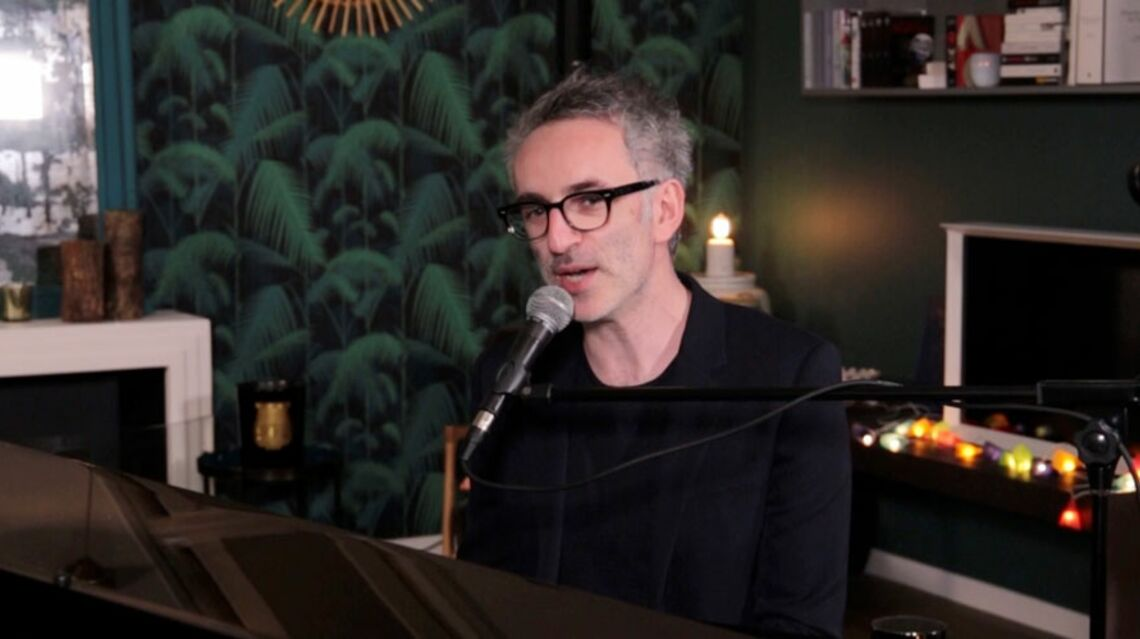VIDEO GALA – Le live de Vincent Delerm: «Danser sur la table» et Je ne vais pas mourir ce soir