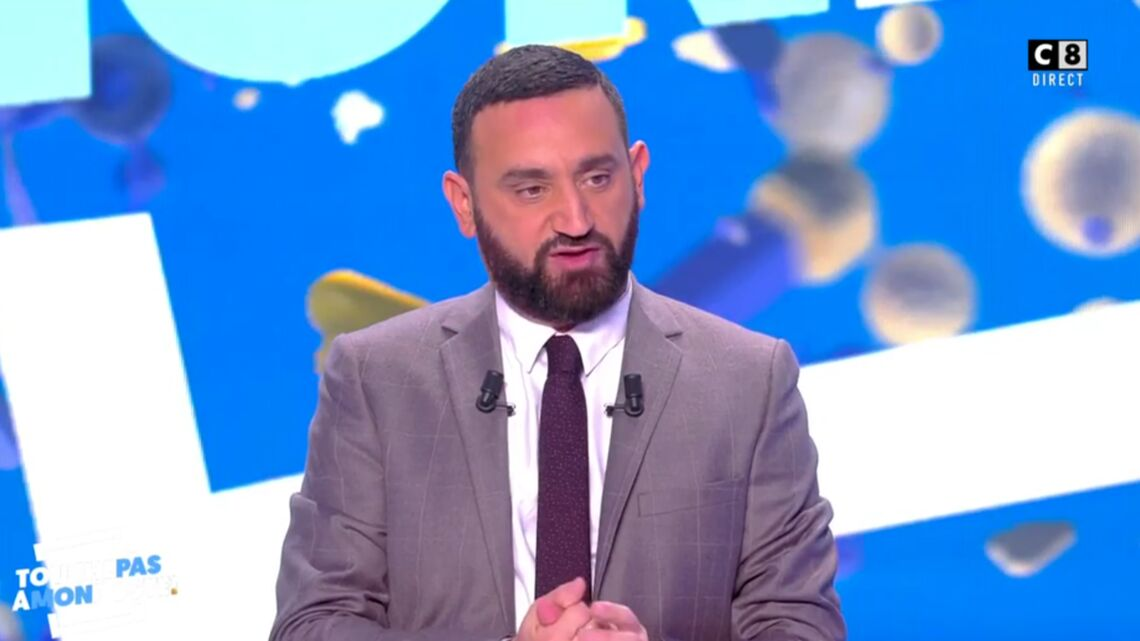 VIDEO – Matthieu Delor­meau fait un « bisou magique » à Cyril Hanouna