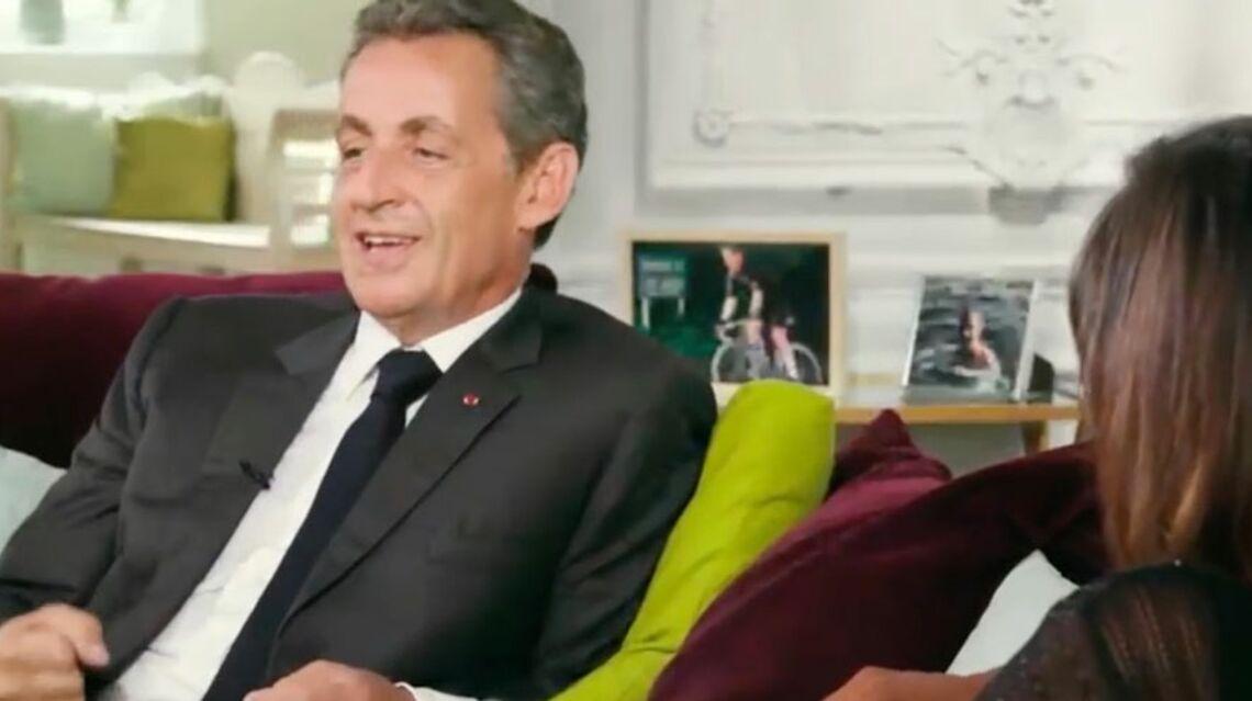 "VIDEO – Bernadette Chirac se comportait en ""midinette"" avec son mari selon Nicolas Sarkozy"