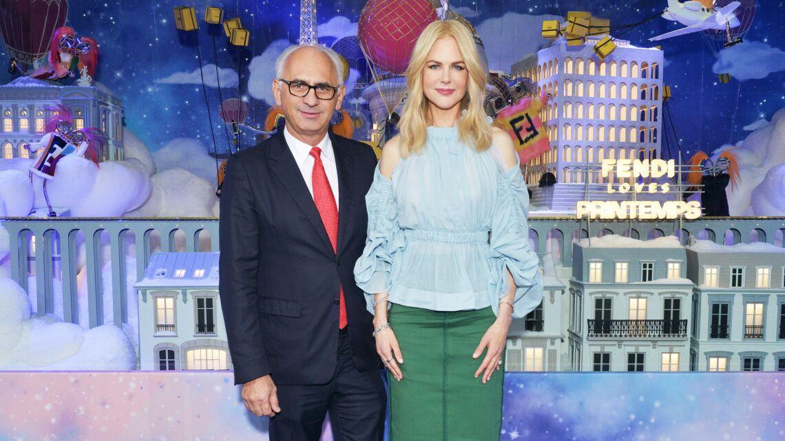VIDÉO – Nicole Kidman, radieuse pour inaugurer les vitrines de noël du Printemps Haussmann