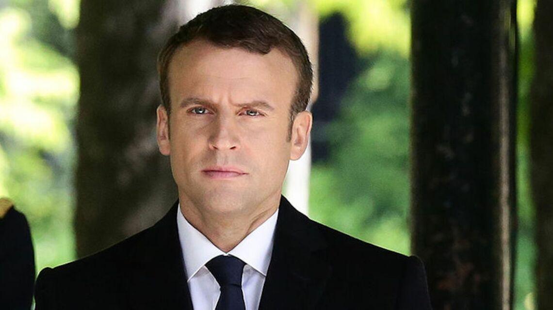 VIDEO –Passation: Qui est la femme qui a fondu en larmes dans les bras d'Emmanuel Macron?