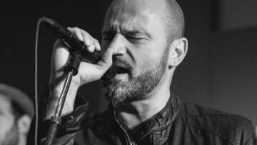VIDEO GALA – L'ex rockeur Enrico Martorina, de père de famille à The Voice
