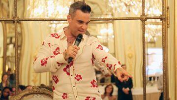 VIDEO GALA- Robbie Williams tacle la mauvaise humeur des Français
