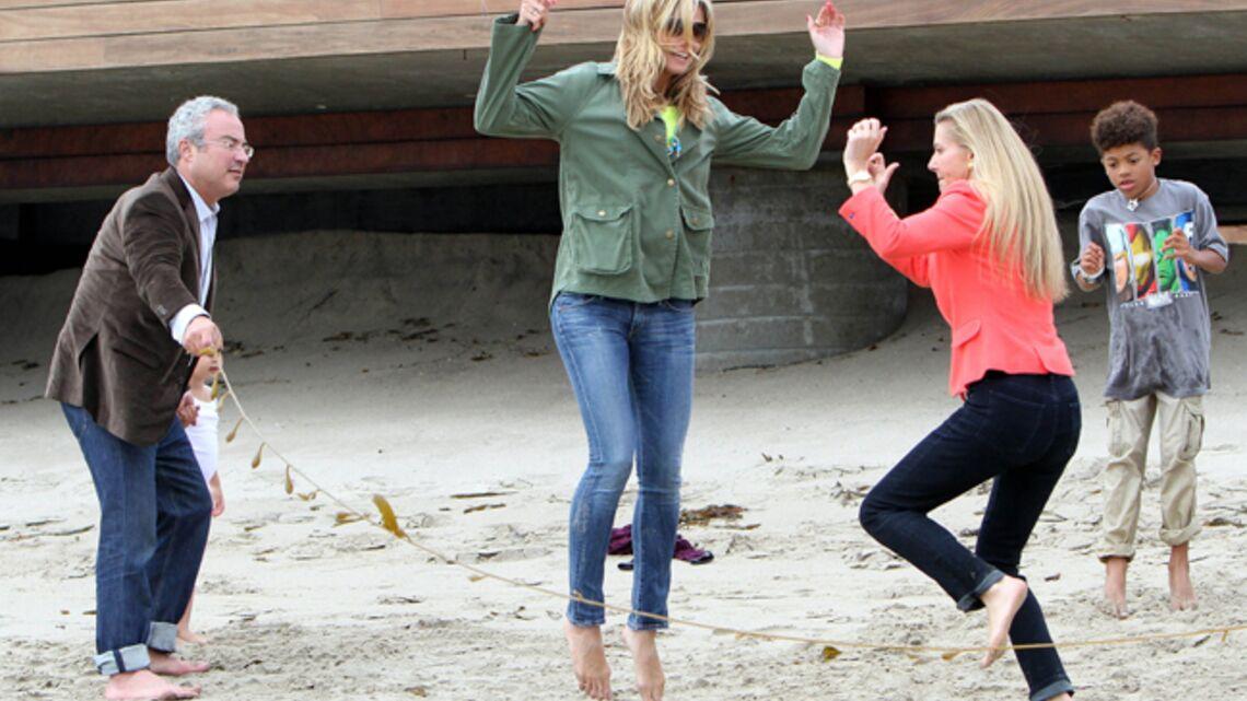 Vidéo- Heidi Klum, une ado à la plage