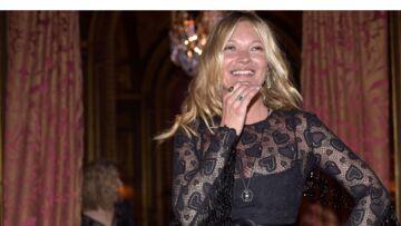 Vidéo – DJ Kate (Moss) fait danser les Champs-Elysées