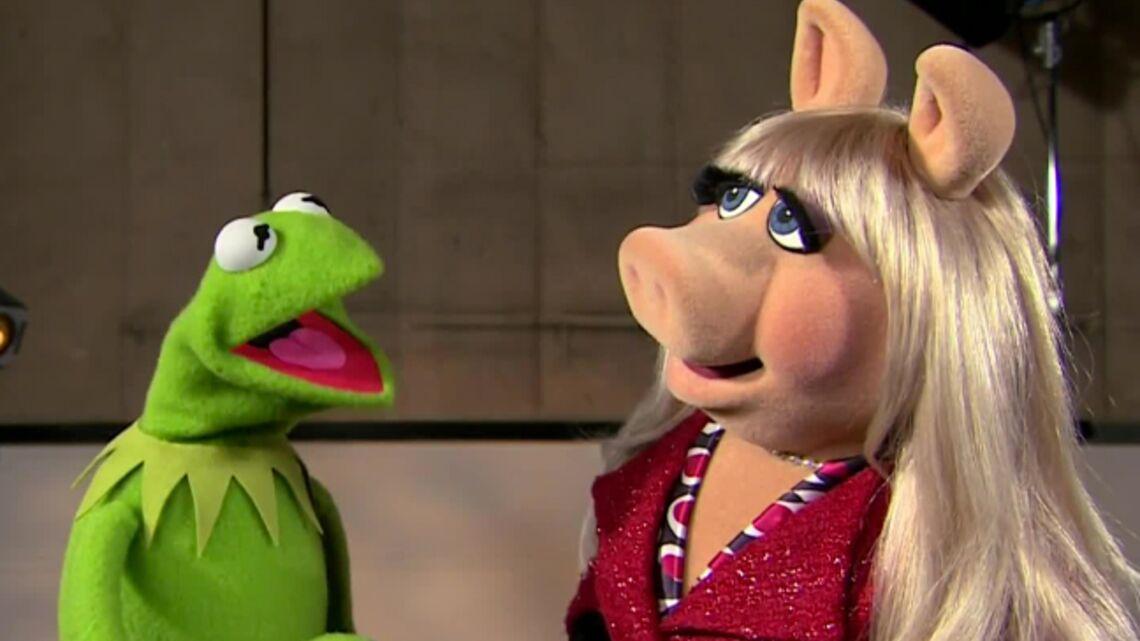 Vidéo- Miss Piggy et Kermitt félicitent Kate et William