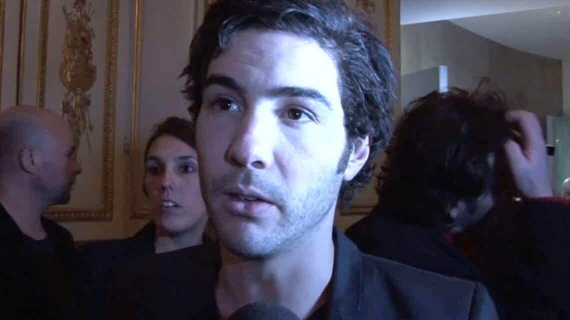 Vidéo – Tahar Rahim, Vincent Cassel félicitent Jean Dujardin