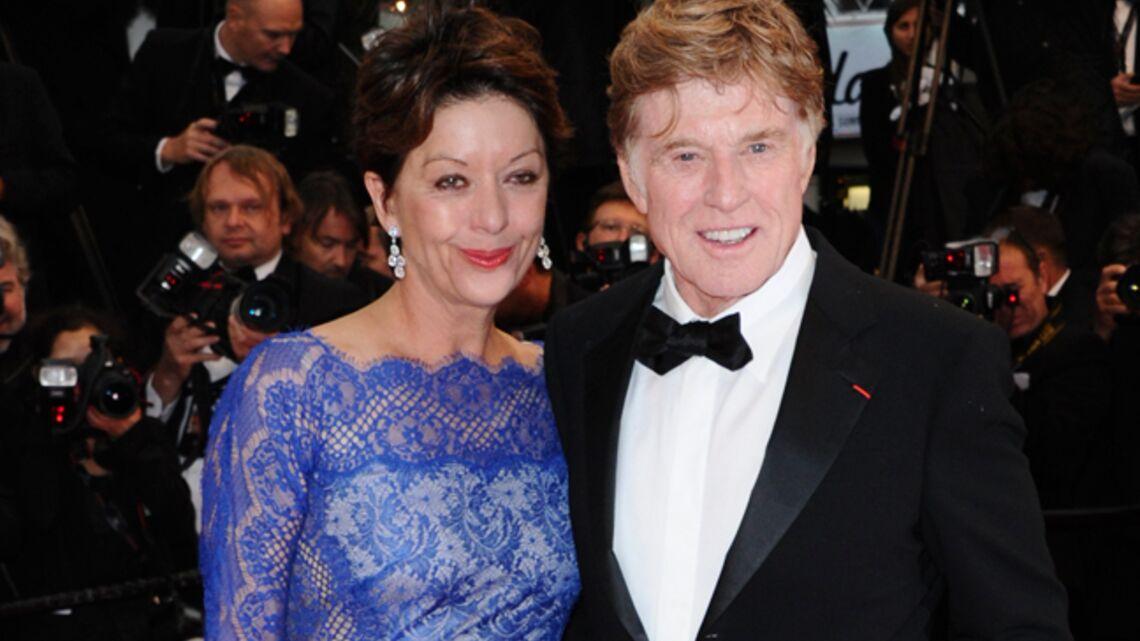 Vidéo- Robert Redford et madame montent les marches
