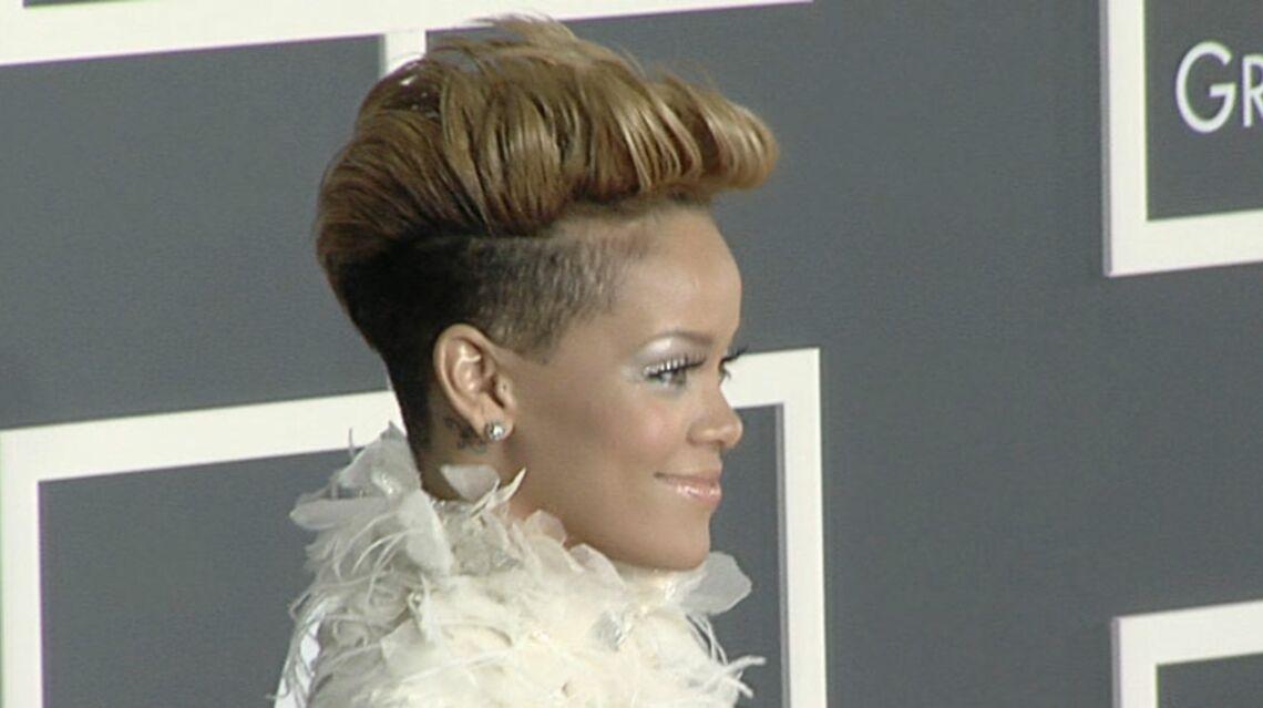 VIDEO- Rihanna a 29 ans et autant de coupe de cheveux