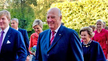 Vidéo – Harald V de Norvège traite sa femme de «troll»