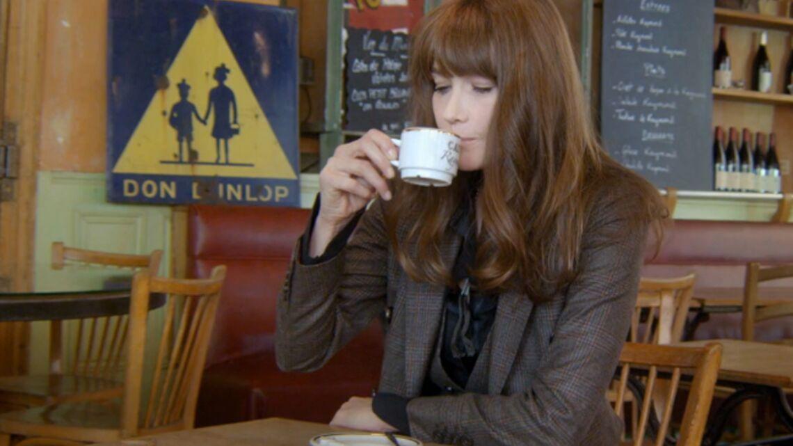 Vidéo- Carla Bruni voit Raymond partout