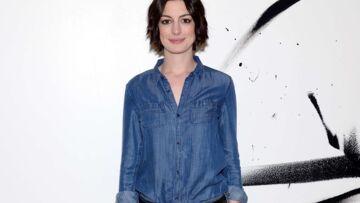 Anne Hathaway est la nouvelle Miley Cyrus