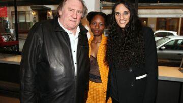 Roxane Depardieu avec sa compagne et son père pour le vernissage de son expo