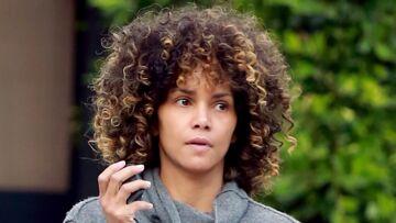 PHOTO – Halle Berry arbore une coupe et un visage au naturel