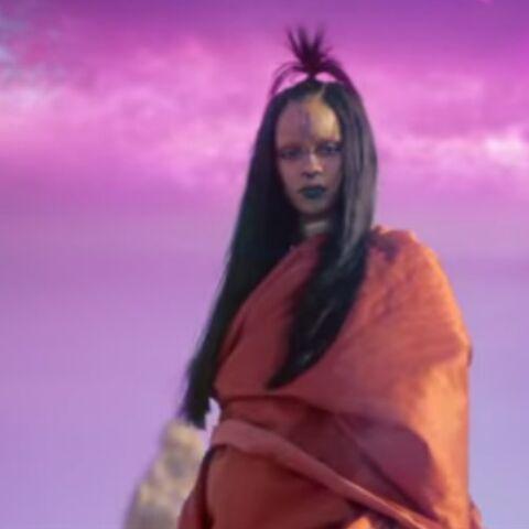 Vidéo – Rihanna en alien inquiétante dans «Sledgehammer»