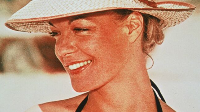 """Résultat de recherche d'images pour """"photos en couleur de Romy Schneider"""""""