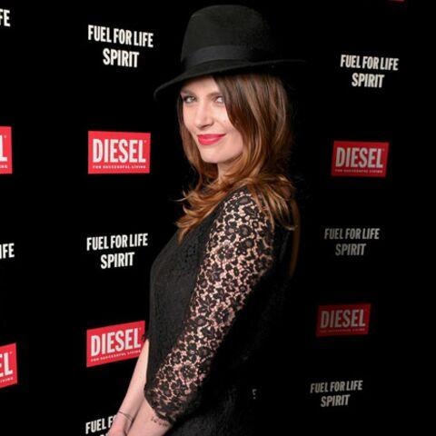 Gala By Night: Elodie Frégé amoureuse à la soirée Diesel