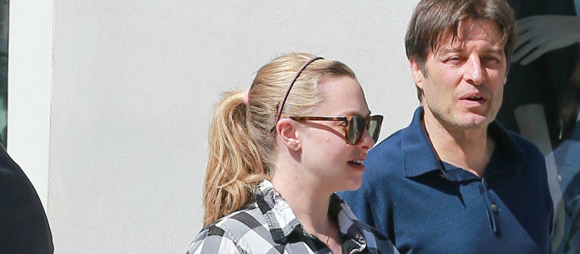 PHOTOS – Amanda Seyfried, très enceinte, se promène à Beverly Hills