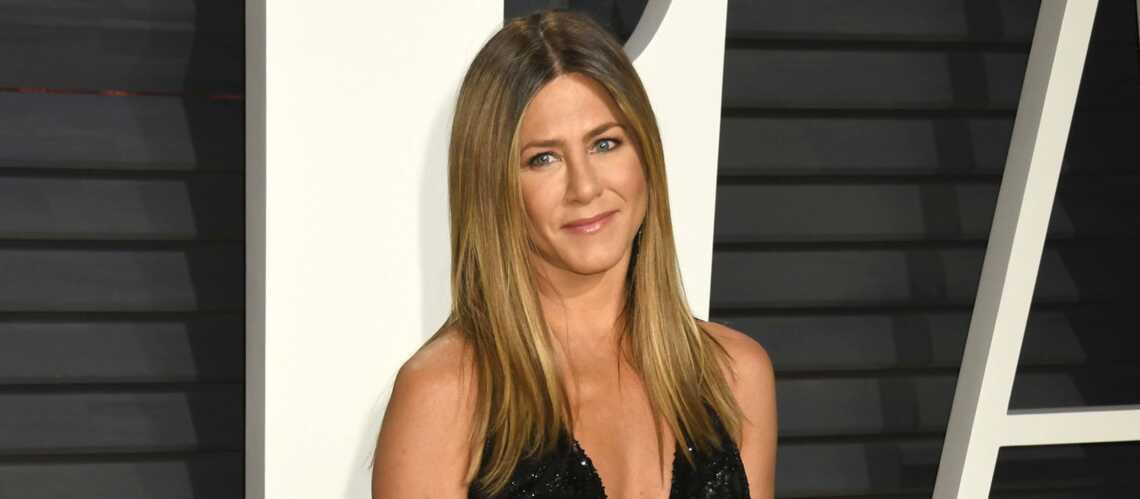 963ed914d40f81 Jennifer Aniston, victime d un vol pendant la cérémonie des Oscars - Gala