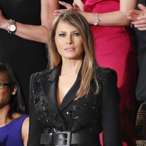 PHOTOS – Melania Trump: sa tenue scintillante et décolletée jugée inappropriée